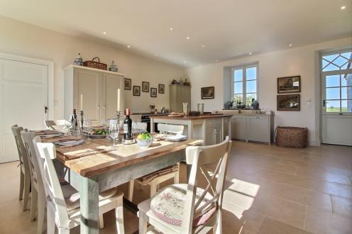 Kitchen - Chateau